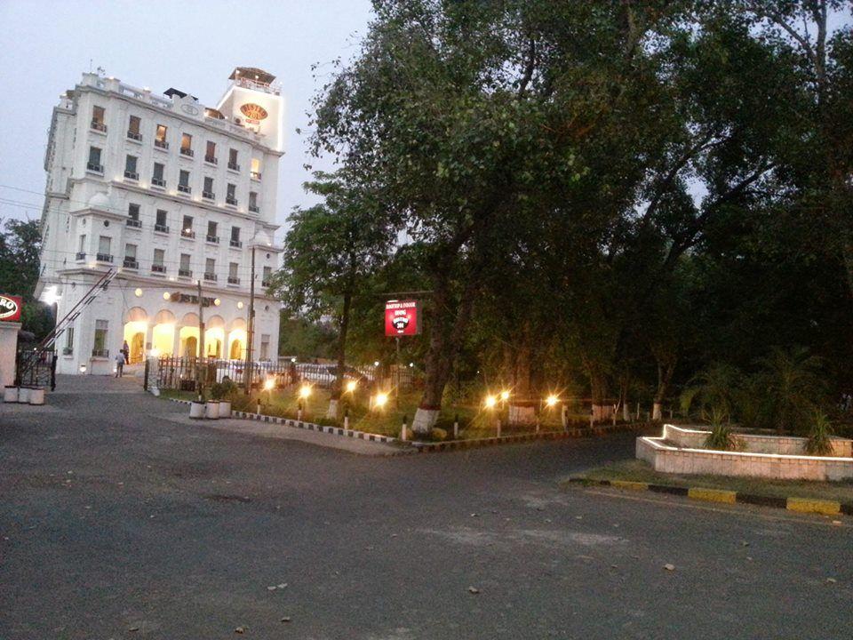 Bistro 201 - Lahore Surroundings