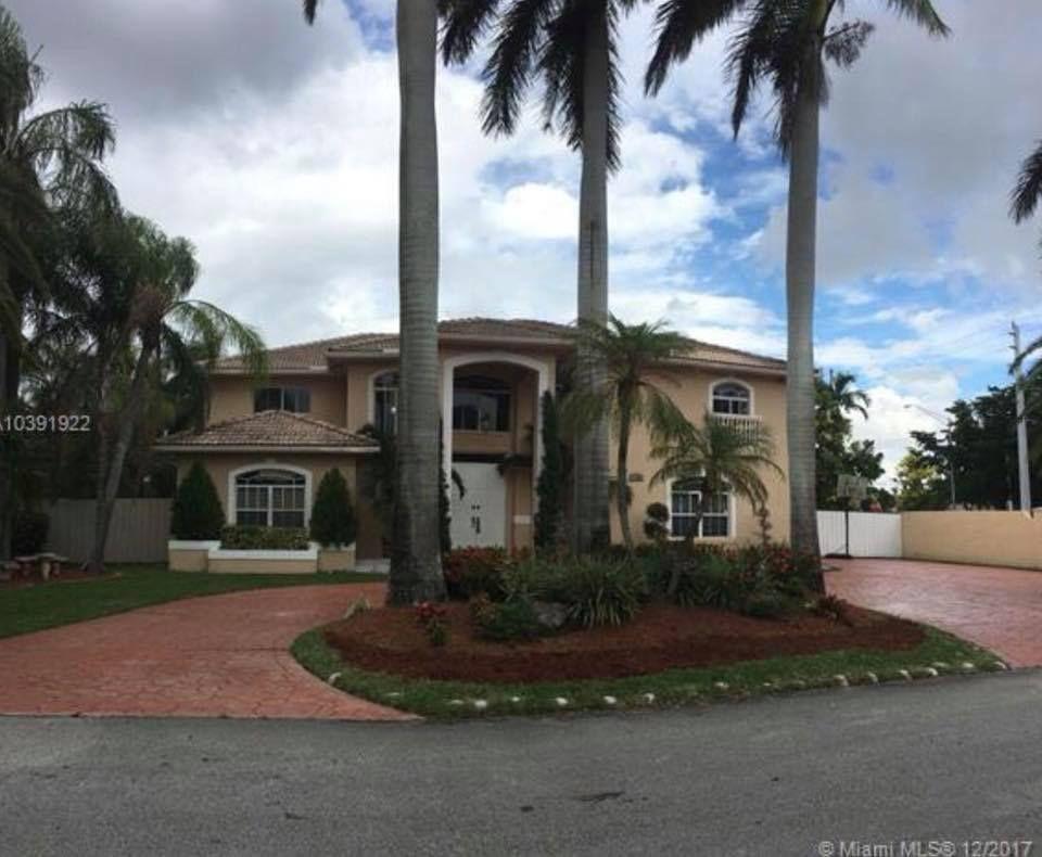 Villa Oasis - Tamiami Accommodate