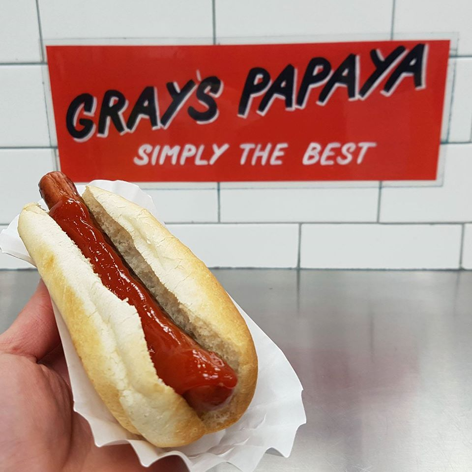 Gray's Papaya - New York Affordability