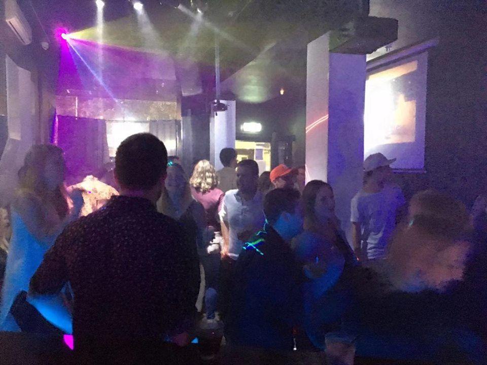 FM Karaoke Bar - Melbourne Reservations