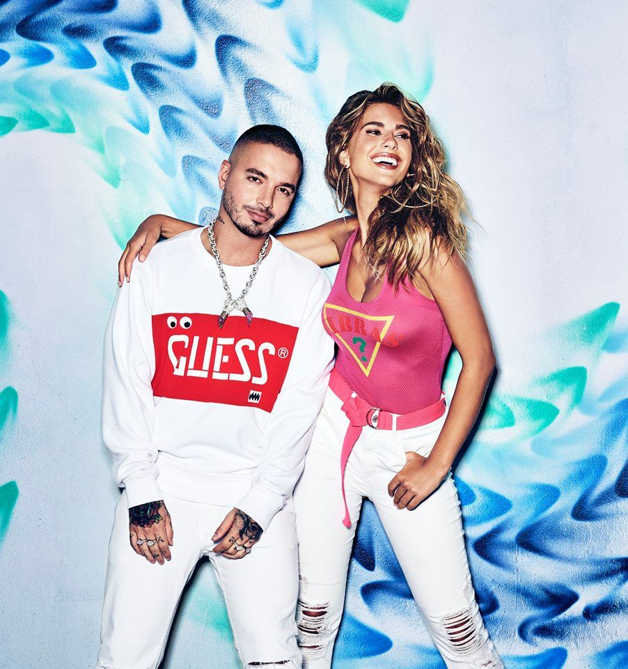 GUESS Factory Accessories - Orlando Accommodate
