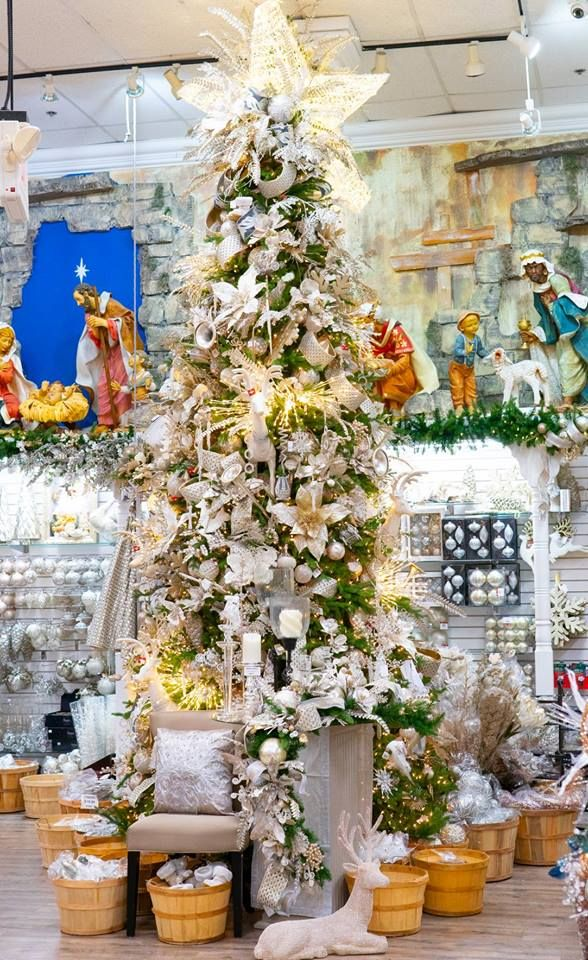 The Christmas Palace - Hialeah Informative