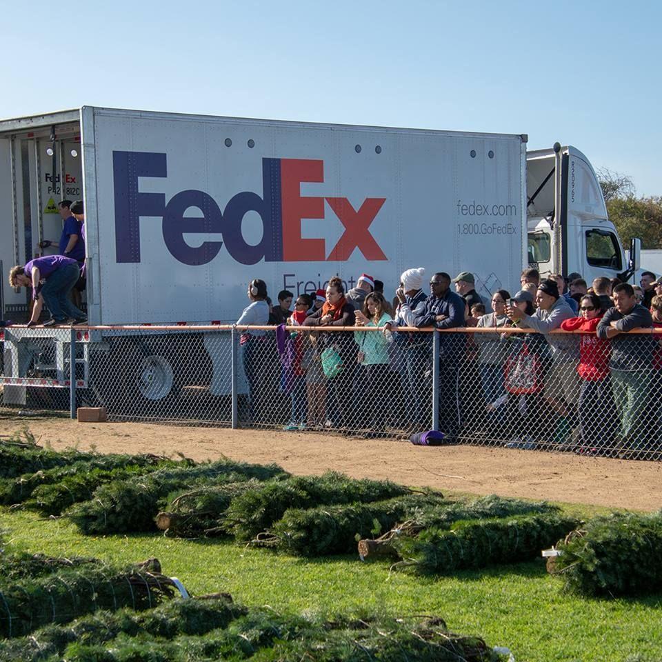 FedEx Ship Center - Key West Accessibility