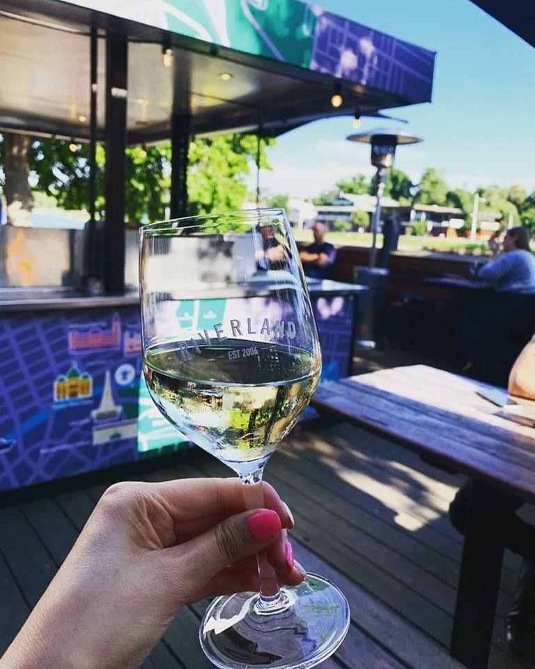 Riverland Bar - Melbourne Entertainment