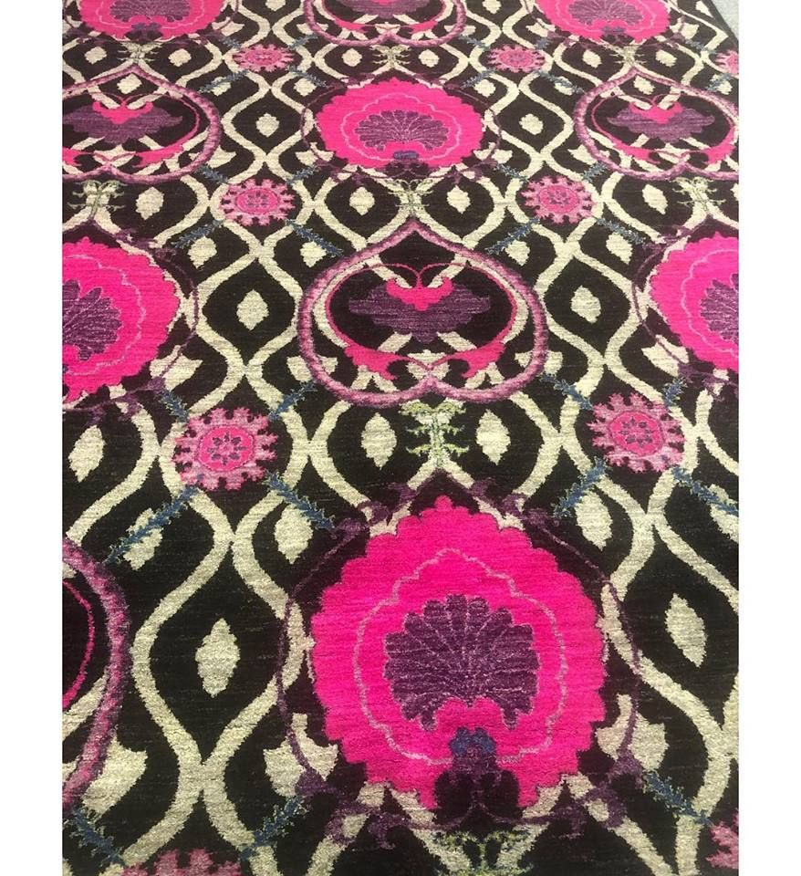 Afghan Carpet - Lahore Accessibility