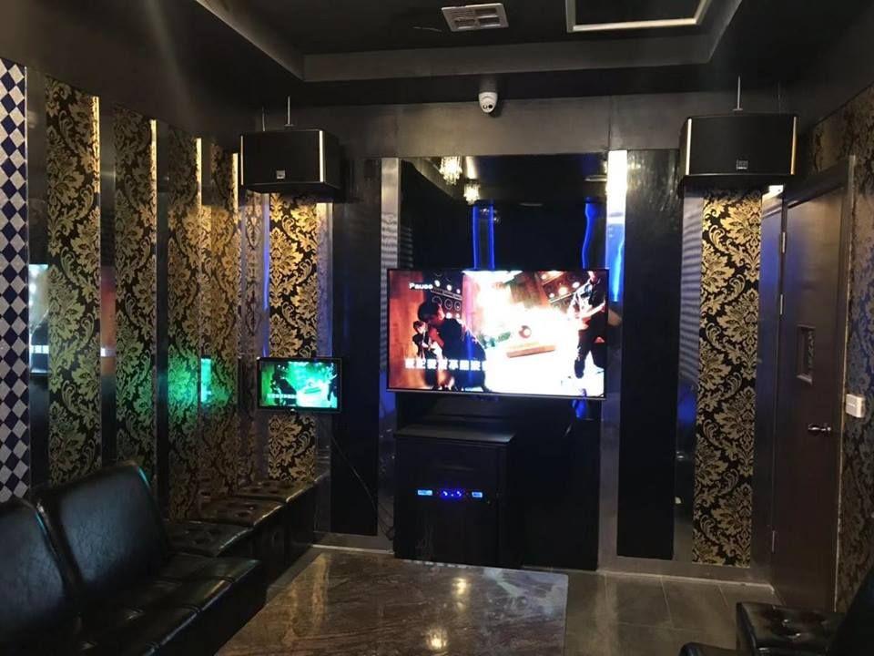 FM Karaoke Bar - Melbourne Comfortable