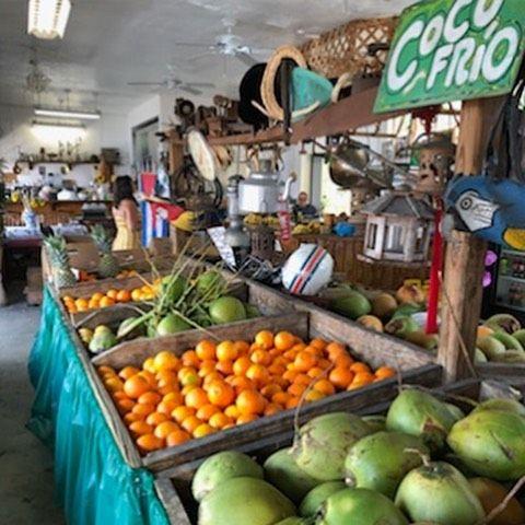 Los Pinarenos, Fruteria - Miami Appropriate