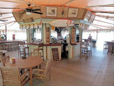 Sunset Tiki Bar & Grille - Key West Entertainment