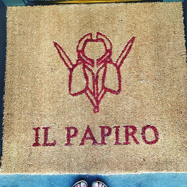 Il Papiro - Palm Beach Information