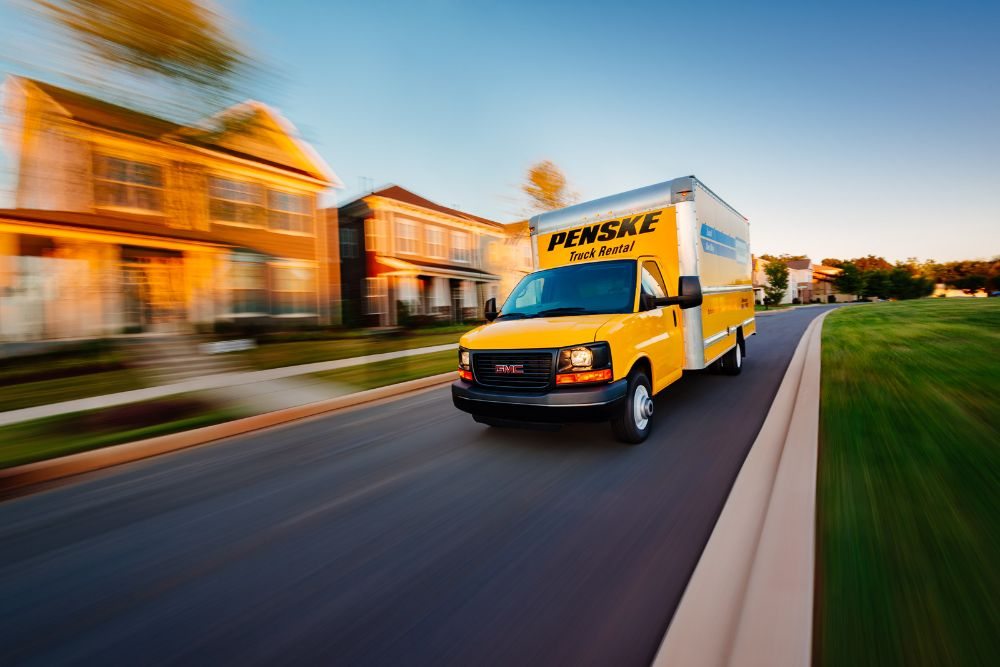 Penske Truck Rental - Hialeah Surroundings