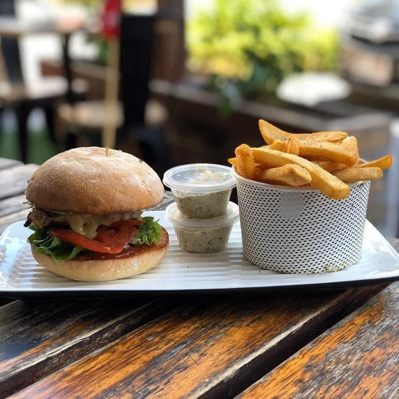 Grill'd Degraves Street - Melbourne Accommodate