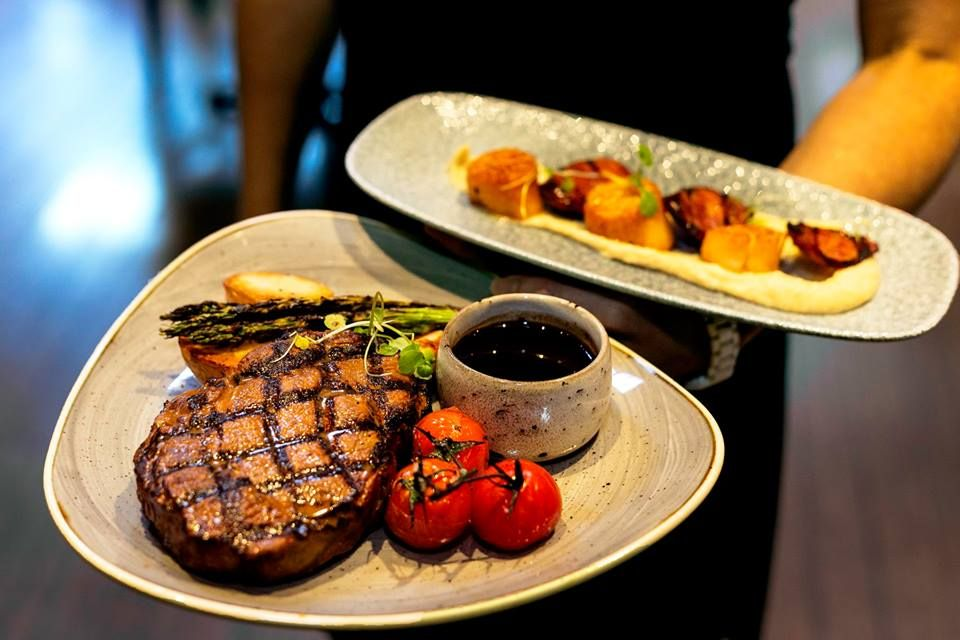 Rare Steakhouse Downtown - Melbourne Comfortable
