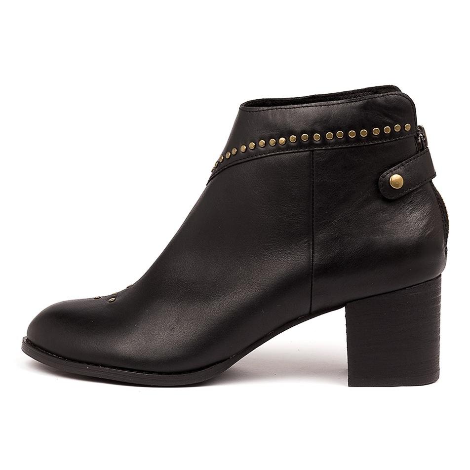 Midas Shoes - Victoria Organization