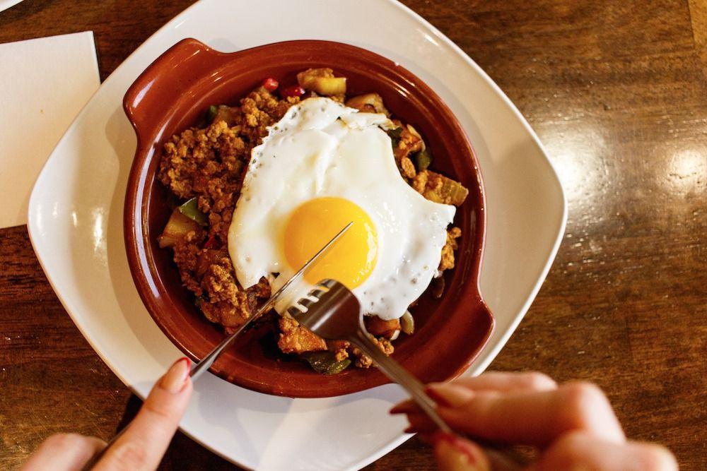 Islas Canarias Cafe Restaurant & Bakery - Tamiami Information