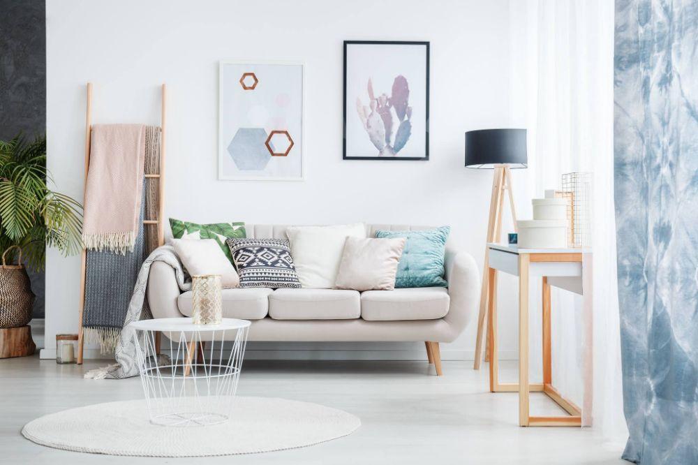 Lake House Apartments - Tamiami Reasonably