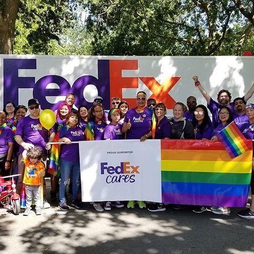 FedEx Office Print & Ship Center - Miami Accommodate
