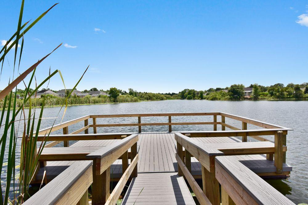 Lake House Apartments - Tamiami Comfortably