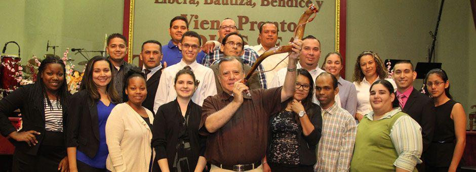 Iglesia Cristo Rompe Las Cadenas - Hialeah Themselves