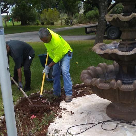 Hernandez Landscaping Landscaping