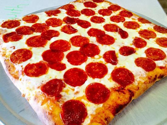 Appicella Pizza & Pasta - Palm Springs Establishment