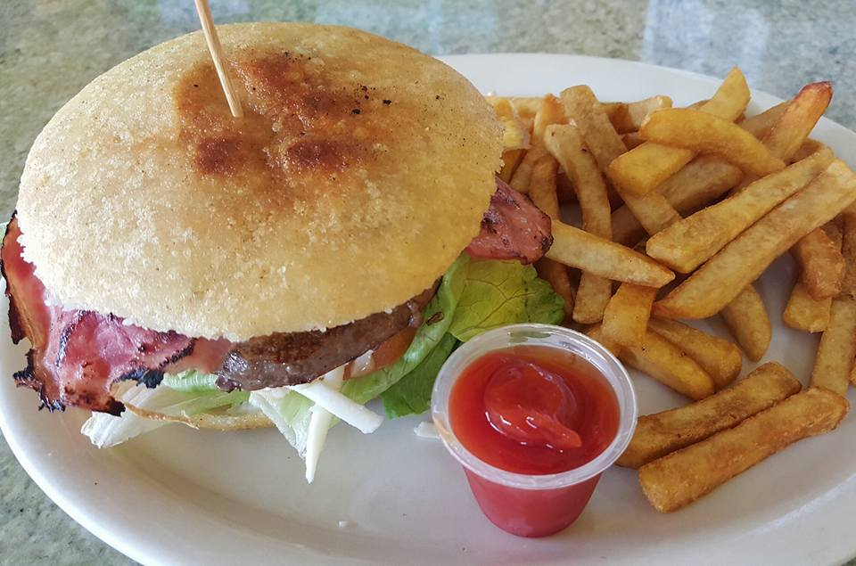 Dona Arepa Restaurant - Greenacres Restaurants