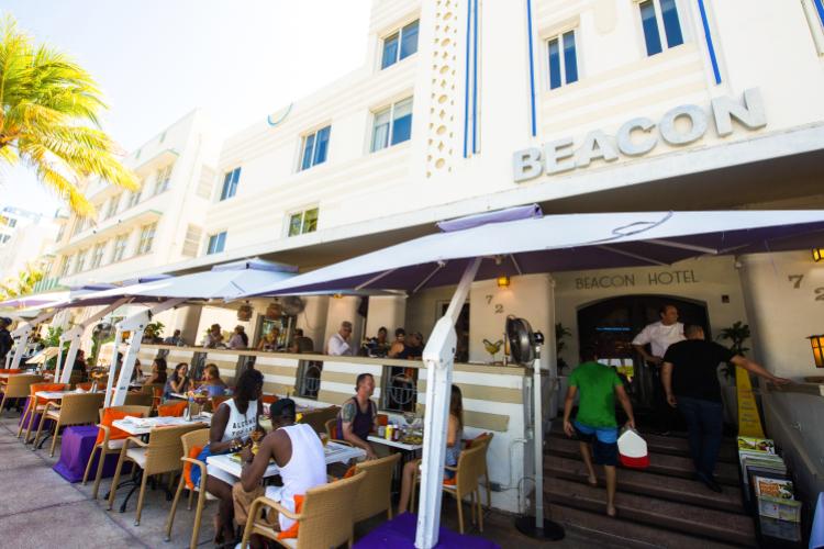 Beacon South Beach Hotel - Miami Beach Wheelchairs