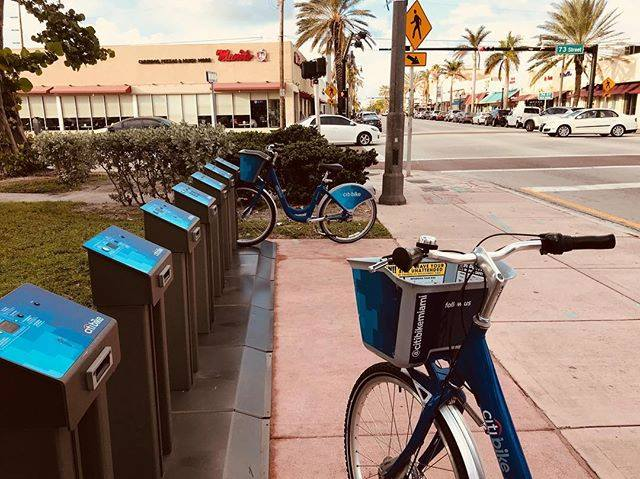 Citi Bike Station - Surfside Convenience
