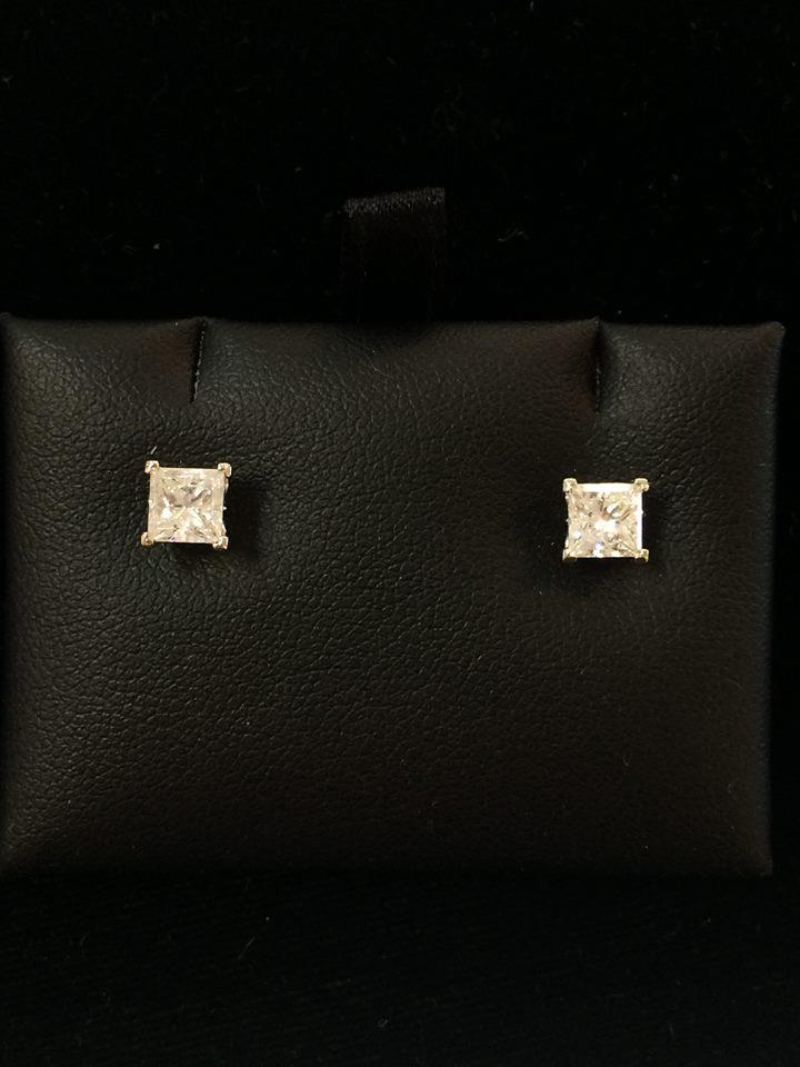 Oteri's Wholesale Jewelry - Jupiter Accommodate