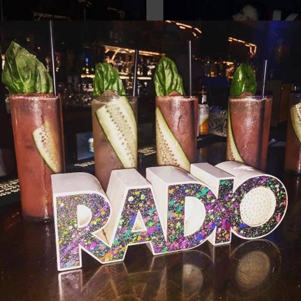 Radio Bar - Miami Beach Webpagedepot