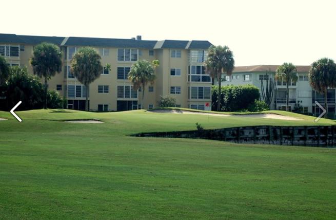 Crystal Lake Golf Club - Pompano Beach Contemporary