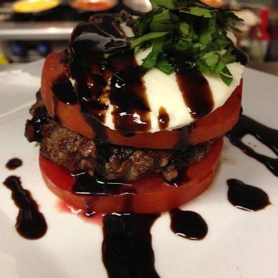 Fit Foodz Cafe - Boca Raton Comfortable
