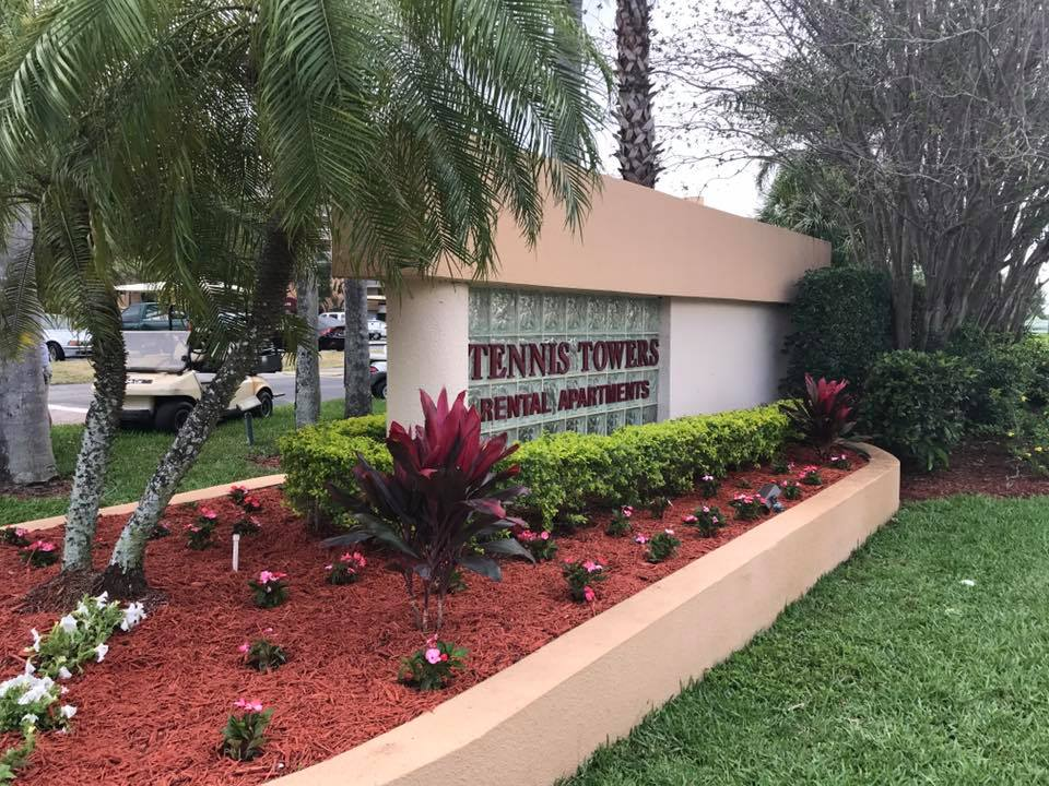 Tennis Towers Apartments - West Palm Beach Information