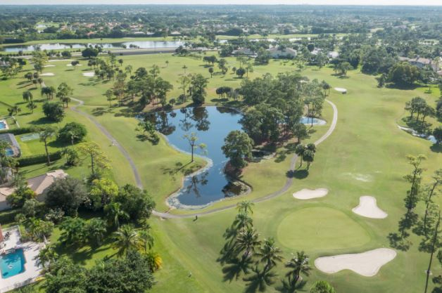 Lake Worth Golf Course Themselves