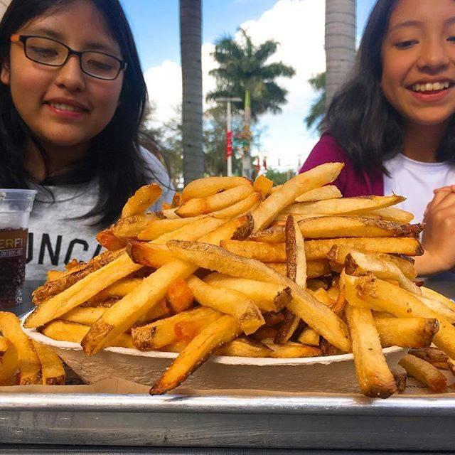 BurgerFi - Miami Beach Reservations