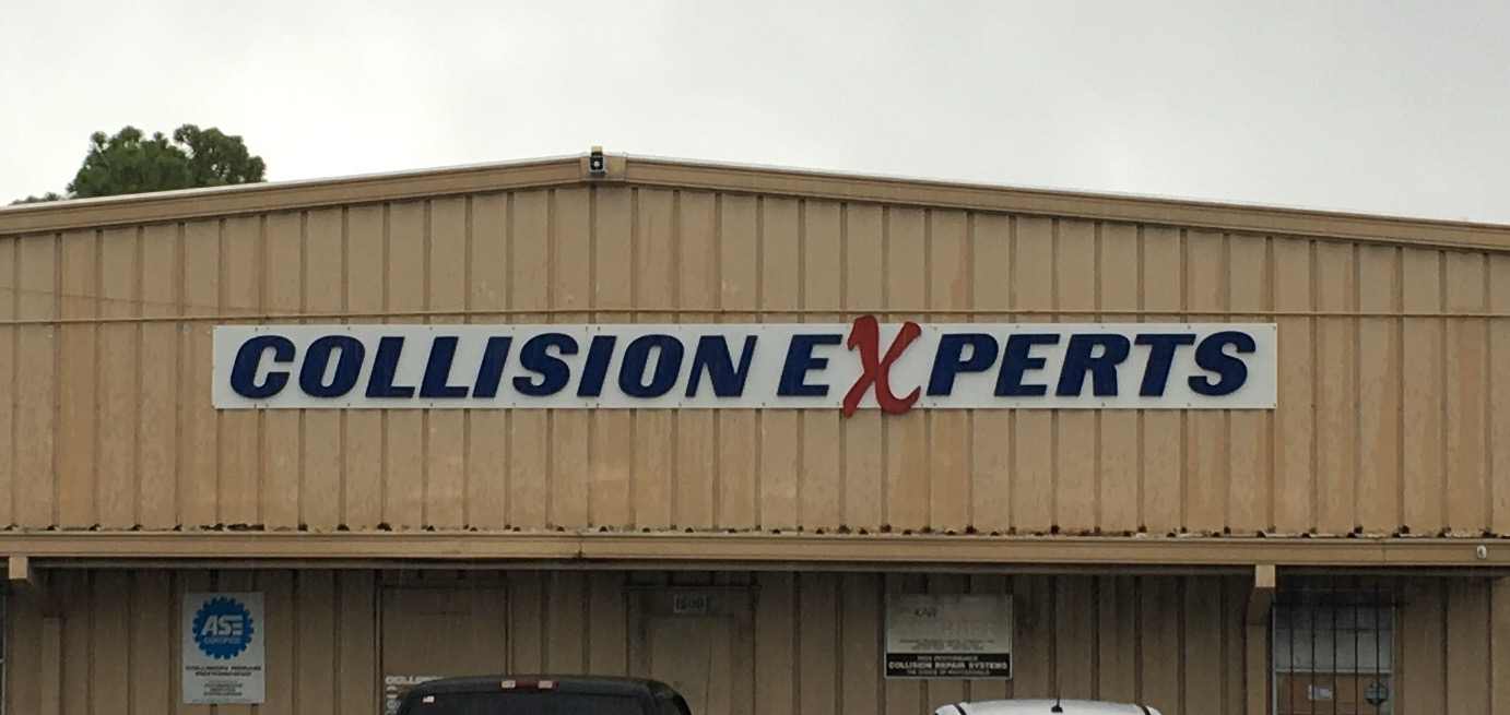 Collision Experts Surroundings
