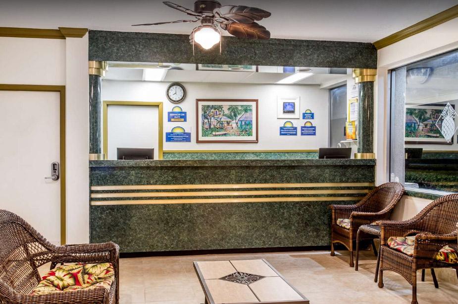 Days Inn West Palm Beach Informative