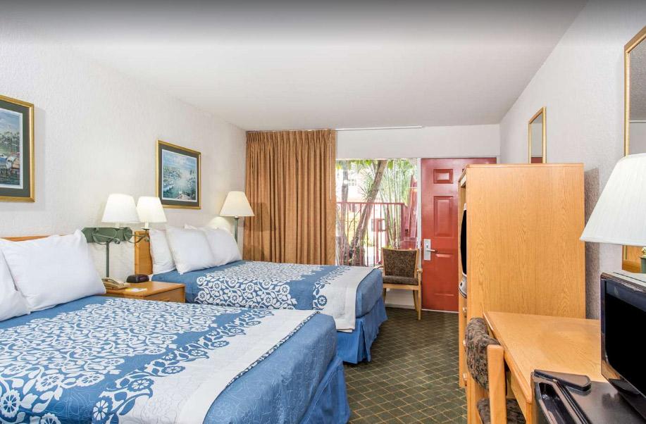days inn west palm beach lodging hotel. Black Bedroom Furniture Sets. Home Design Ideas
