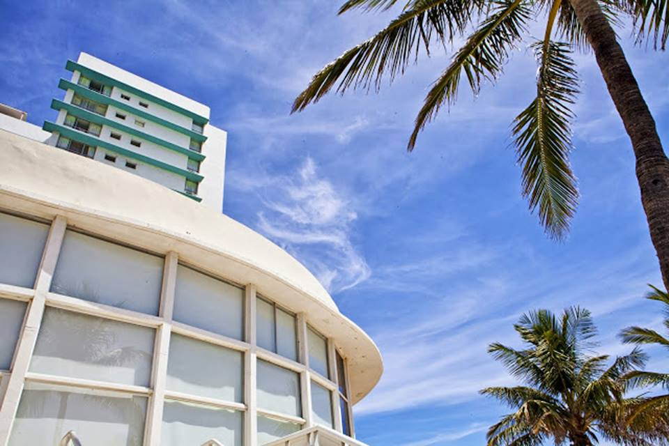 Deauville Beach Resort - Miami Beach Informative