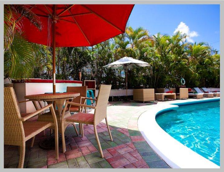 Dorchester Miami Beach Hotel & Suites - Miami Beach Accommodate