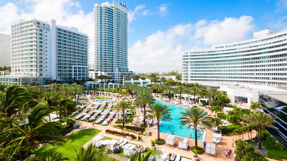Fontainebleau - Miami Beach Surroundings