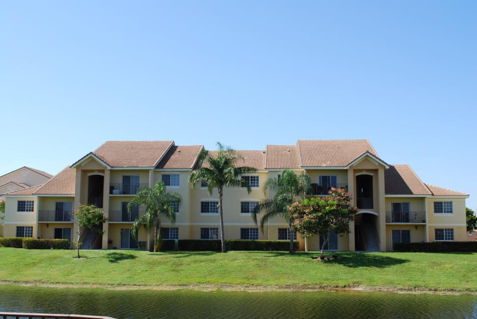 Indian Trace Apartments - West Palm Beach Informative