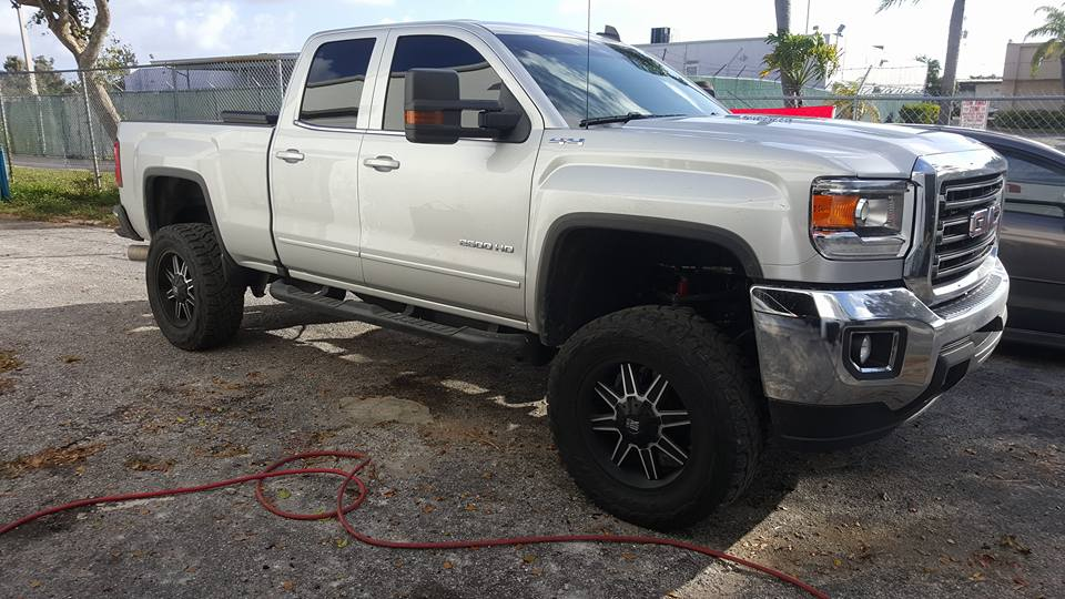 Jonny Auto Repair NEW & USED TIRES - West Palm Beach Documentation