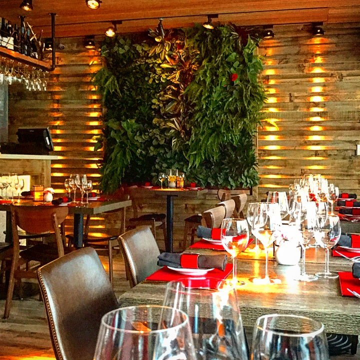Lola Restaurant & Grill Traditionally