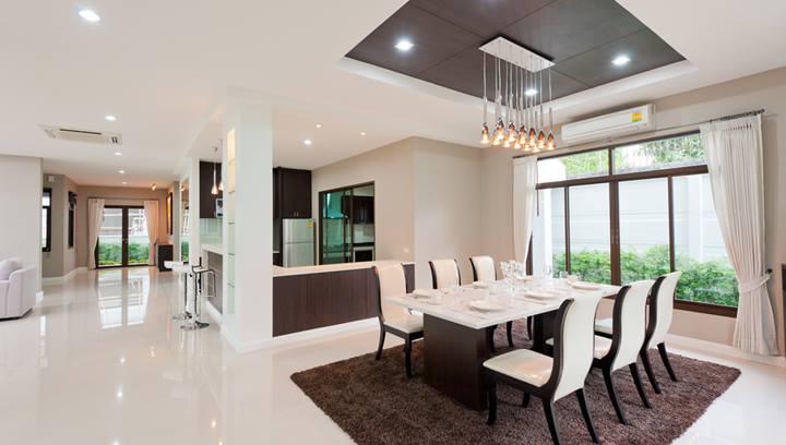 Berkshire Hathaway HomeServices - Aventura Establishment