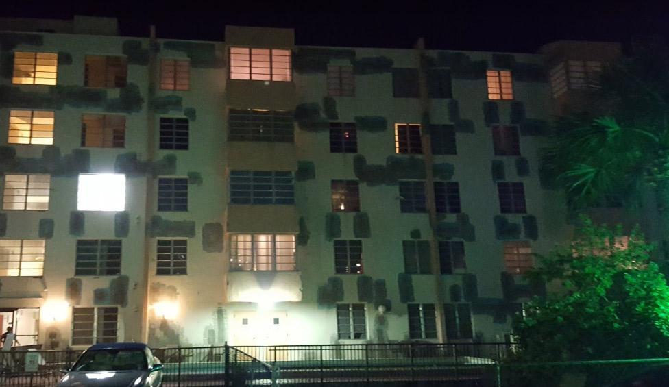 Caribbean Breeze Condominium - Sunny Isles Beach Contemporary