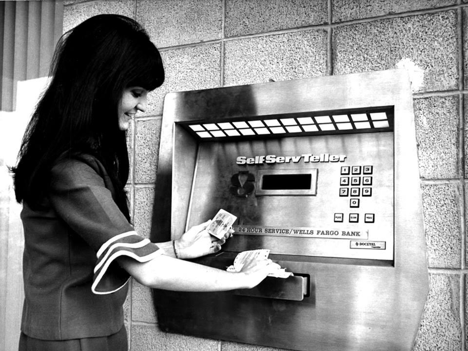 Wells Fargo Bank Jupiter   Finance - Bank