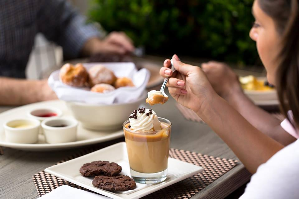 Grand Lux Cafe - Aventura Restaurants