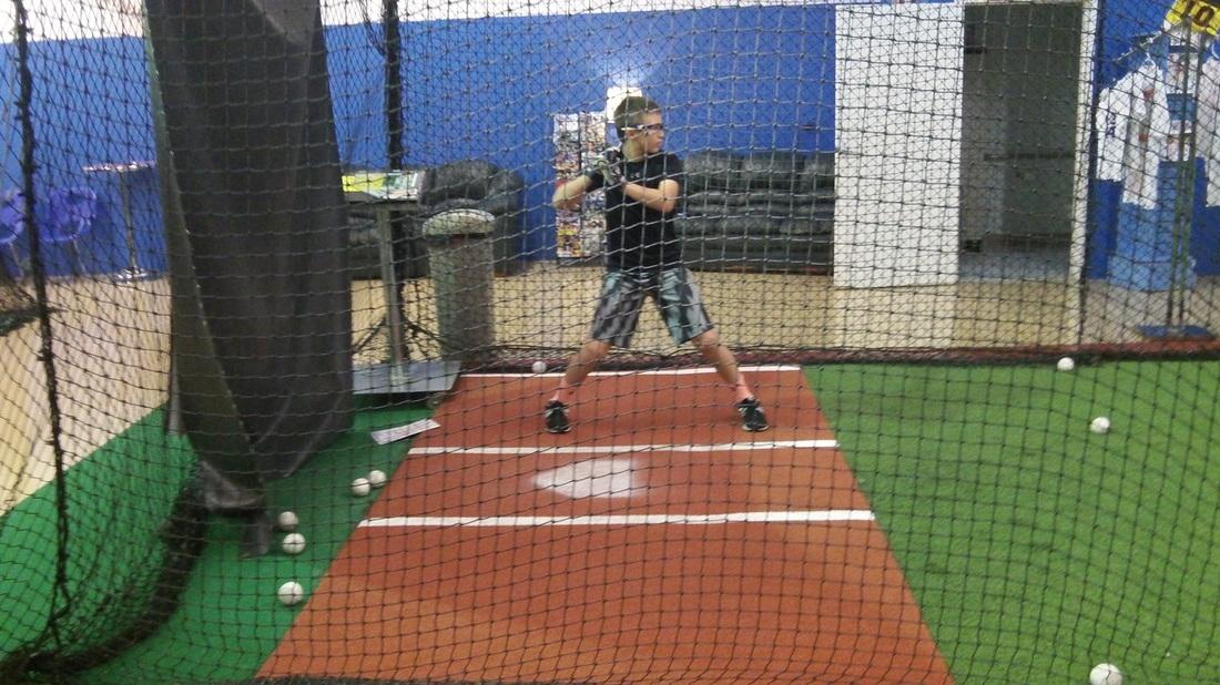 Line Drive Indoor Baseball - Jupiter Webpagedepot