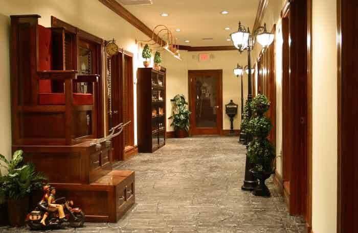 Miles & Lyle Luxury Barbershop - Independence Informative
