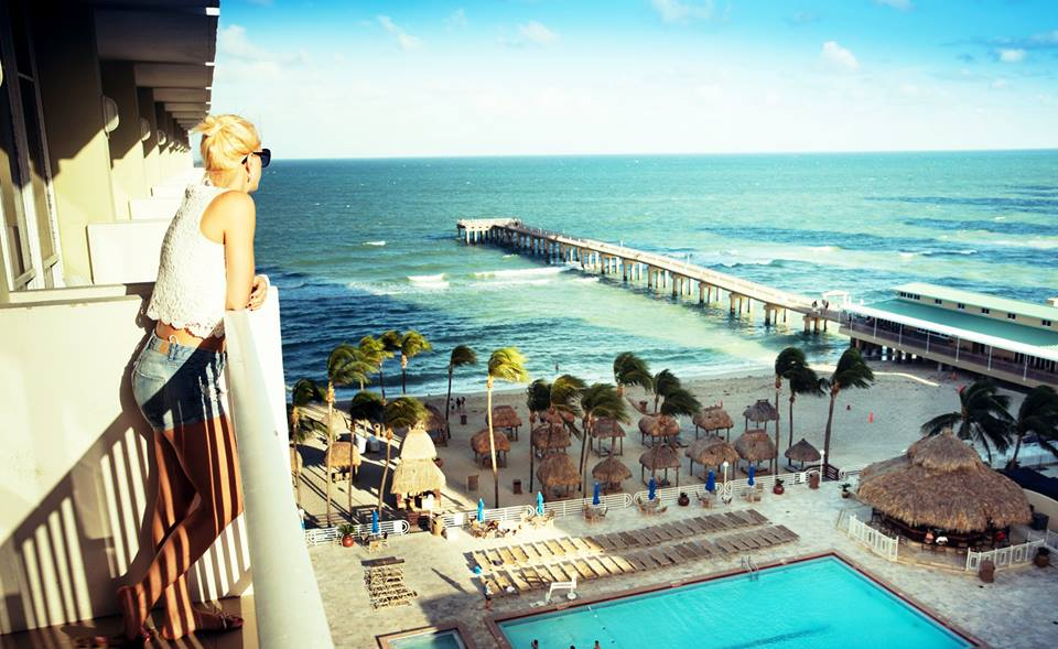 Newport Beachside Hotel & Resort - Sunny Isles Beach Conferences